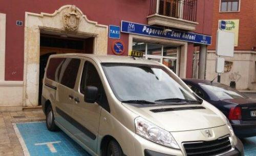 Euro Taxi Eusebio Carcaixent 9 Plazas Adaptado Minusválido