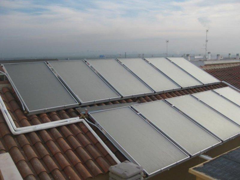 Instalación solar comunitaria 20 viviendas