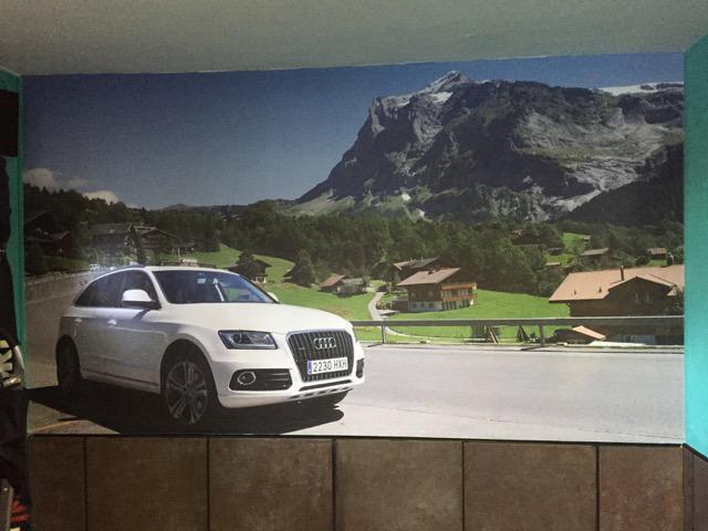 Personalización garaje con Fotomural
