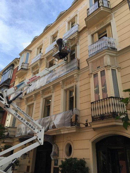 Pintura de fachada en Gran Hotel Madrid