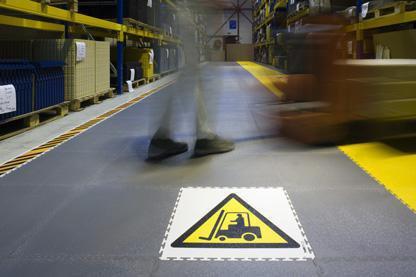suelo industrial Traficline