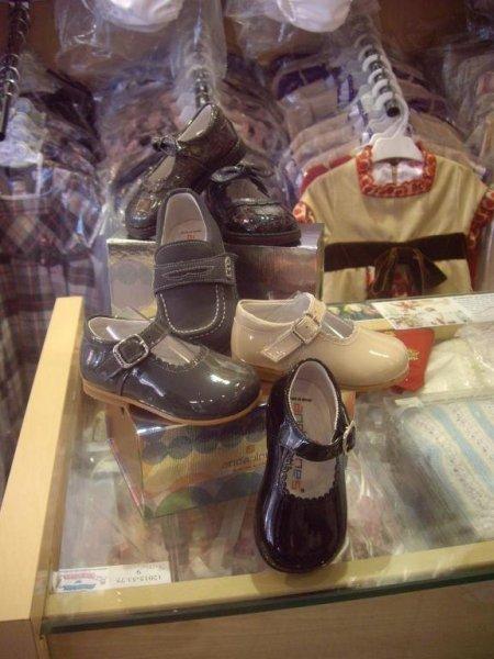 Zapatos De Calidad , Especiales Para Tus Hijos