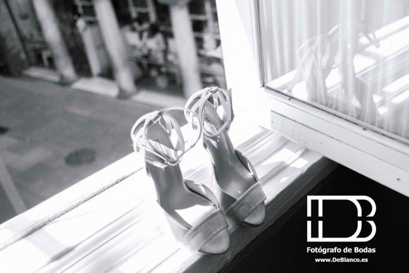 Fotografía zapatos boda gaditana