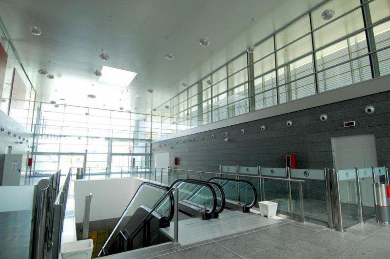 Electricistas en Málaga: instalaciones en el aeropuerto de Málaga y soterramiento de ferrocarril de cercanías de Málaga