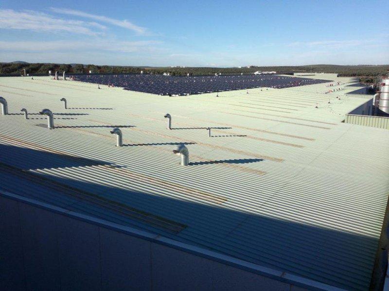 Electricistas en Málaga: instalaciones solares fotovoltaicas en cubiertas en Málaga