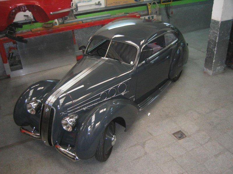 Taller Gómez Elvira, chapa y pintura y restauración de coches clásicos en Madrid