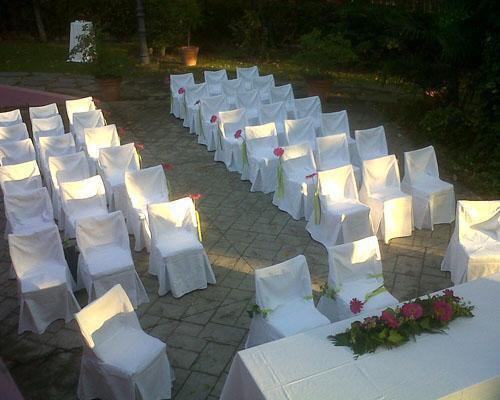 La ceremonia en sus jardines