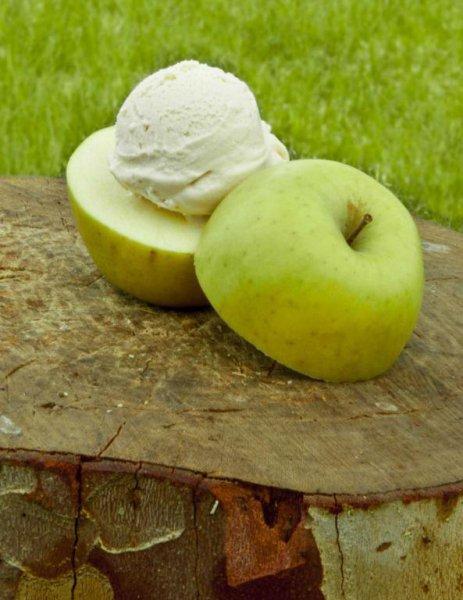 Helado de manzana asada