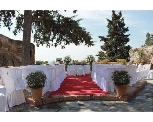 Celebra tu boda civil en sus jardines