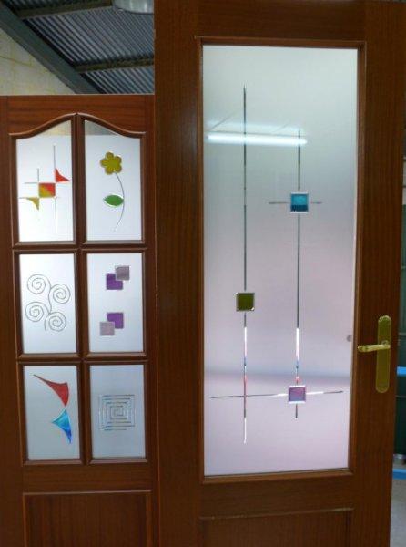 puerta decorada con resina