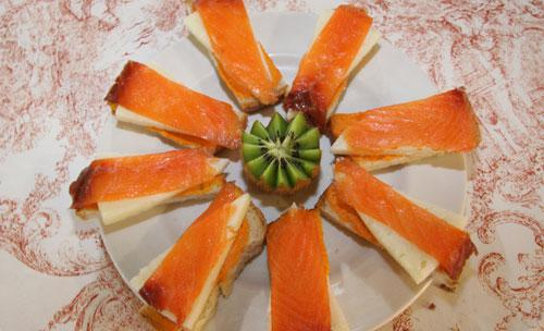 Tostadas con salmon