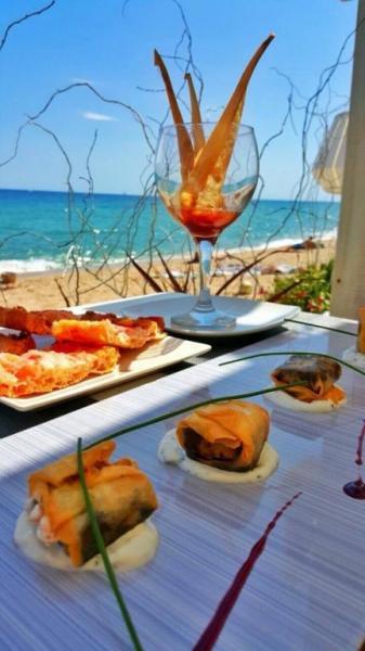 Nuestro restaurante de primerísimo nivel ofrece banquetes para eventos y bodas pensados a medida de cada requerimiento