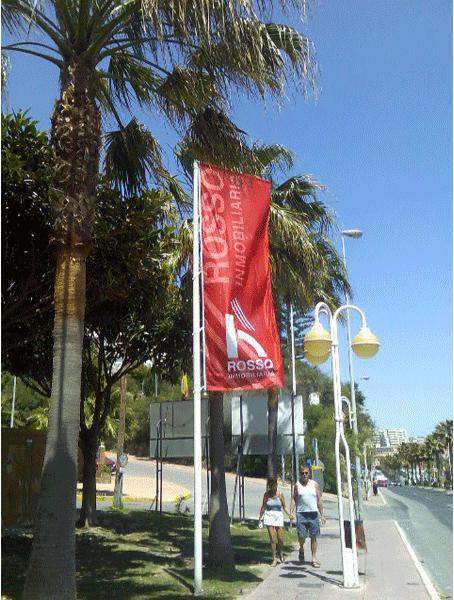 Pubext, rotulación para exteriores en Málaga: banderolas