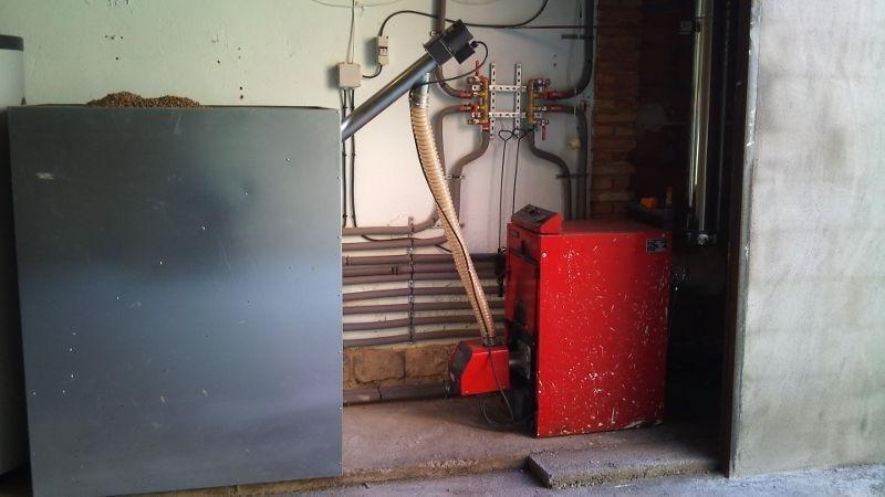 Instalación de calefacción por pellets (vista pellets).