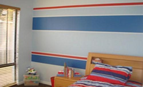 Pintura interior de cabecero de cama decorado