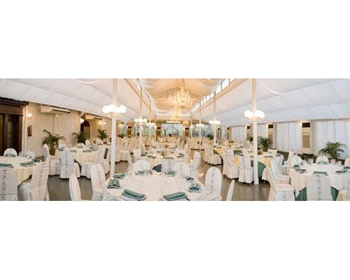 Espectacular carpa para el banquete de boda