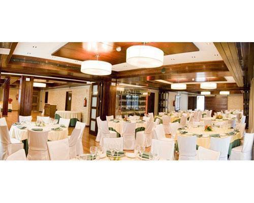 Amplios salones para el banquete de boda