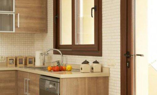 Puertas y ventanas PVC color madera