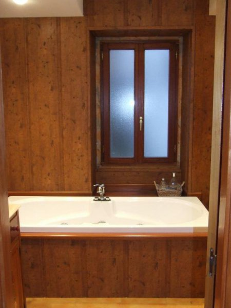 baño madera yakuzi