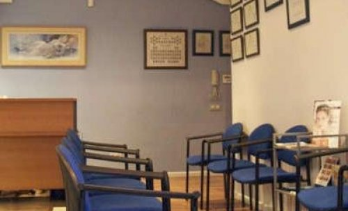 Sala de espera clinica renovar carnet Clínica Suecia