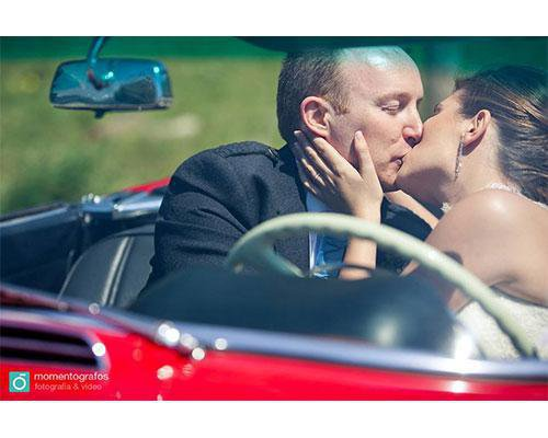 Beso de los novios
