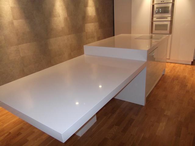 Mármoles Aleyanas, encimeras, muebles y escaleras de mármol en Alicante