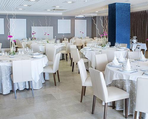 Diferentes espacios para el banquete