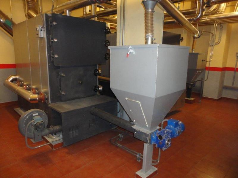 Sala de caldera de biomasa