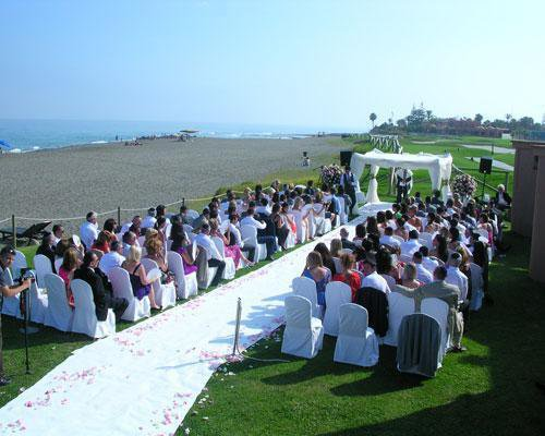 Montaje boda civil junto al mar