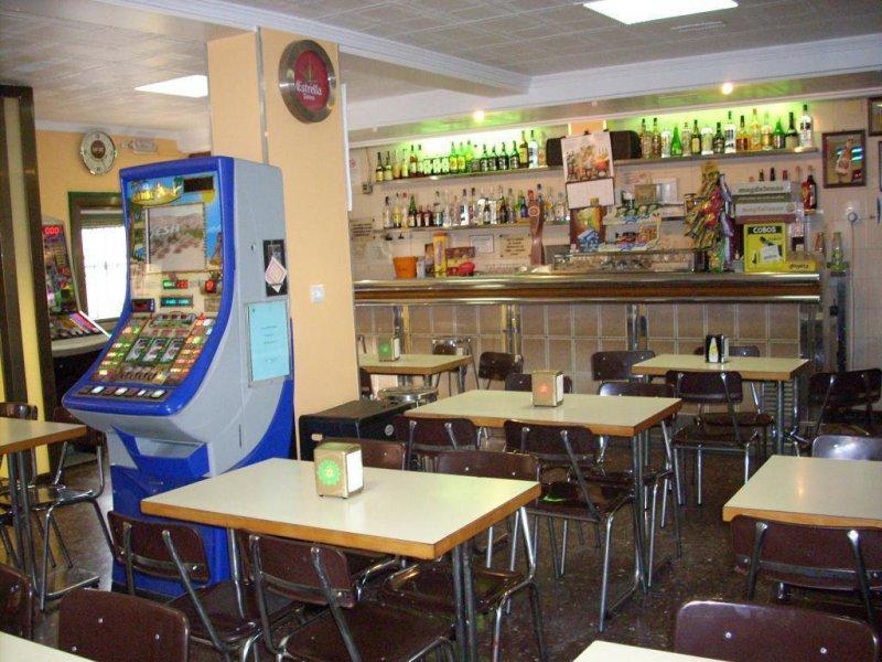 Bar Polo interior