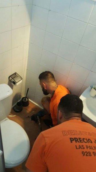 Desatascar baño en Las Palmas 928907202