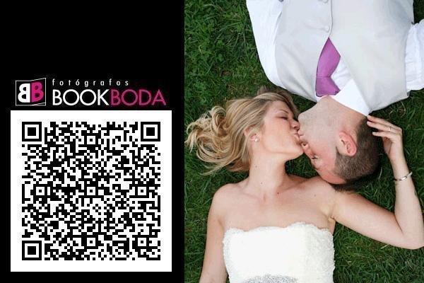 BIBI-QR Con los datos de contacto de Bookboda.