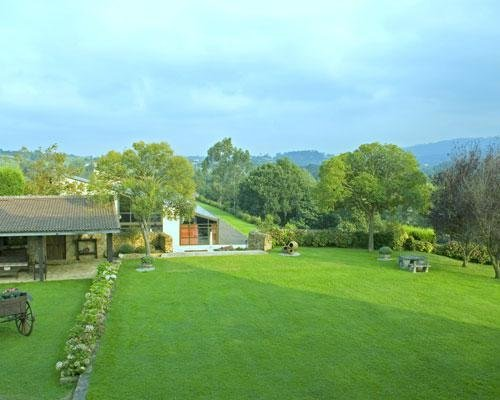 Amplios jardines en exclusiva para vuestra boda
