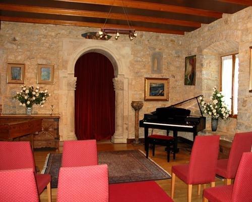 Celebración de bodas civiles en el interior del castillo