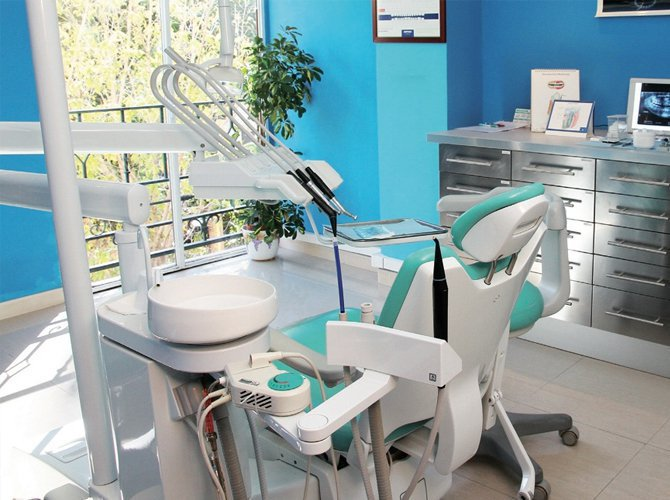 clinica dental alejandro pineda
