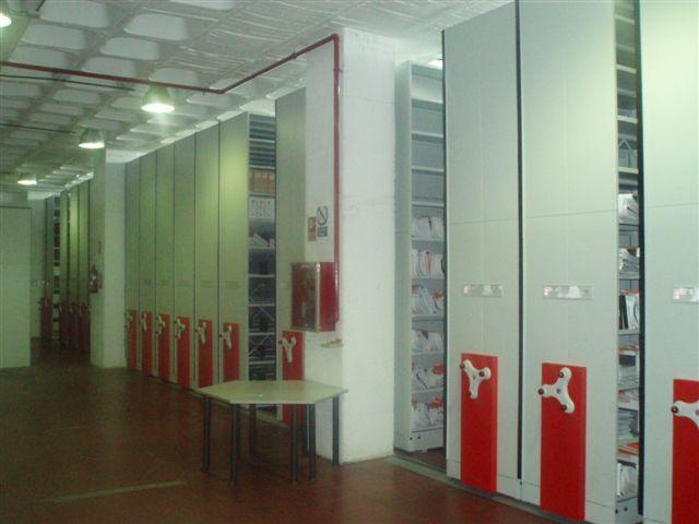 Instalación de Archivos - Estanterías Móviles para Polizas