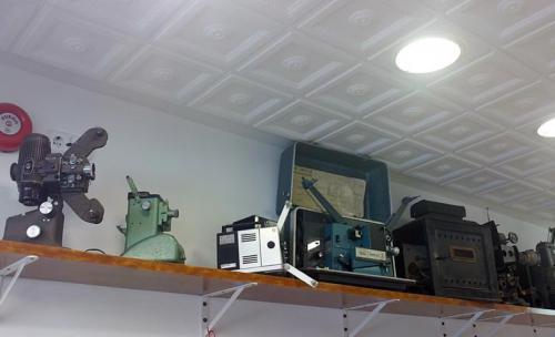 Algunos de nuestros proyectores de colección.