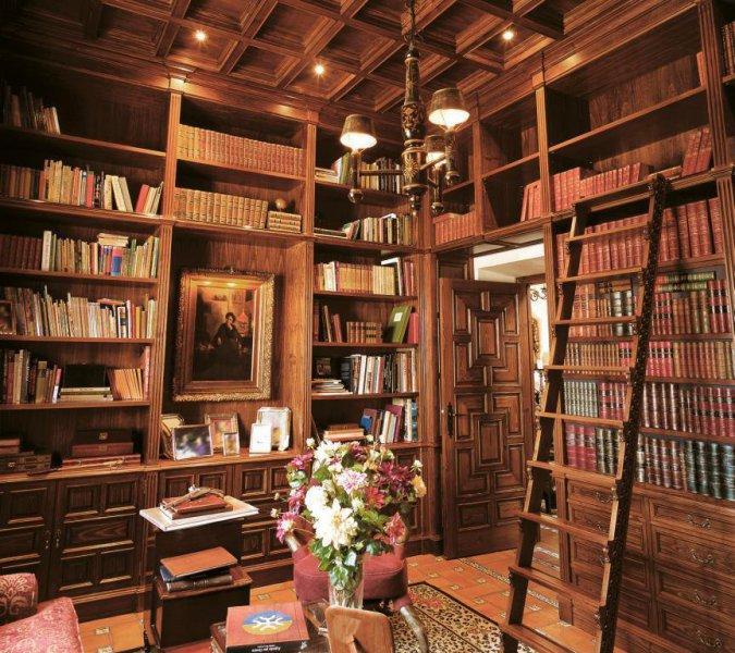 Biblioteca madera a medida  - Ebanisteria Arenas