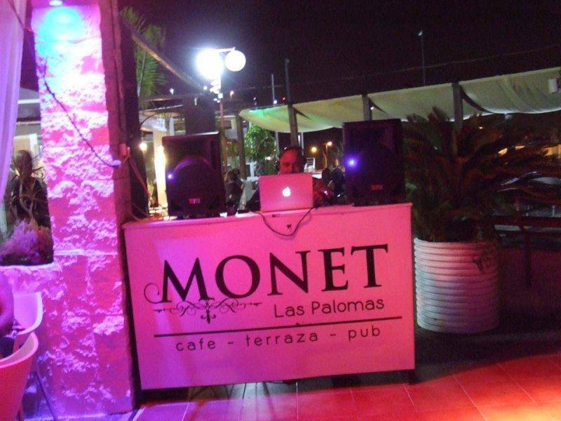 Café Pub Monet
