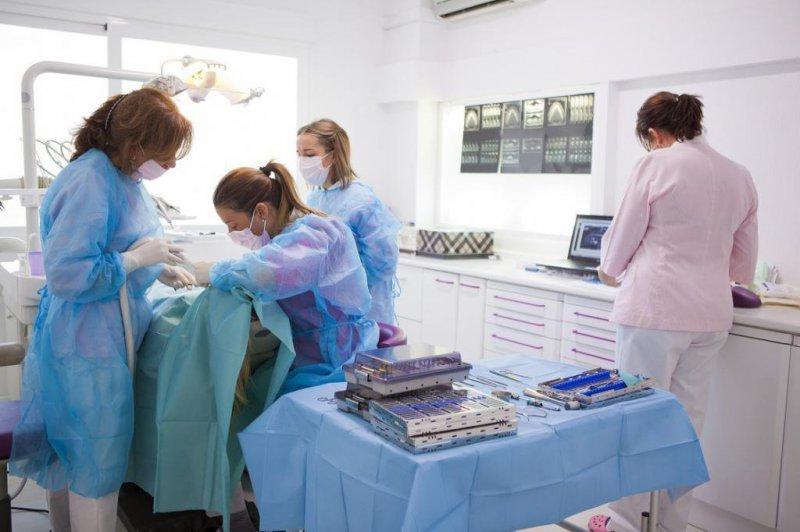 Dra. Carolina De Larroque en Clínica Dental Dra. Herrero
