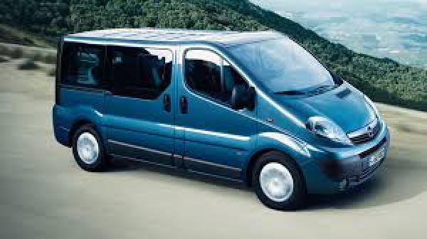 Fuengirola 9 seater to hire, fuengirola 9 seater minivan to rent,