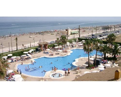 Hotel situado en primera linea de playa