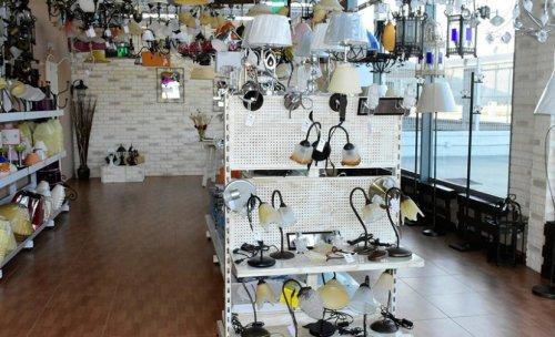 Interior tienda lampisur Luxkriled Sevilla