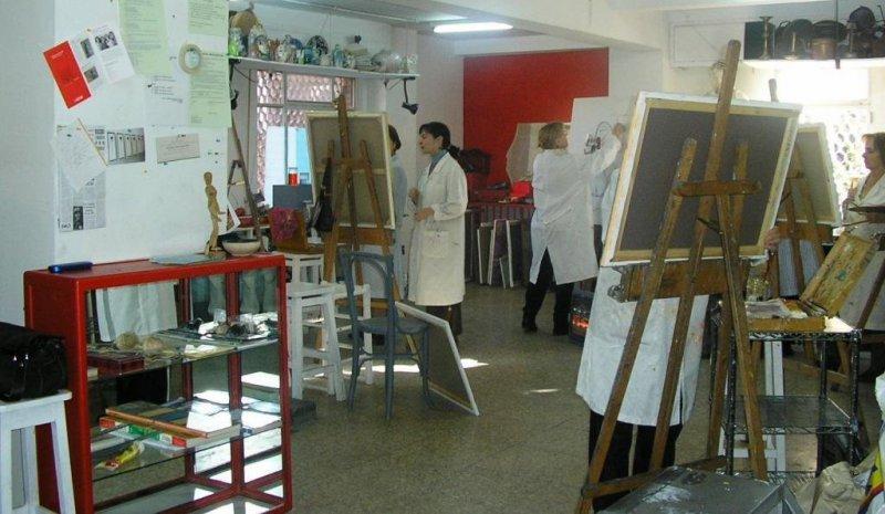 Dibujo y pintura en nuestro espacio. Estudios Solana-Taller de Arte Estatua, Retrato, Abstracto, acuarela, monográficos, taller infantil