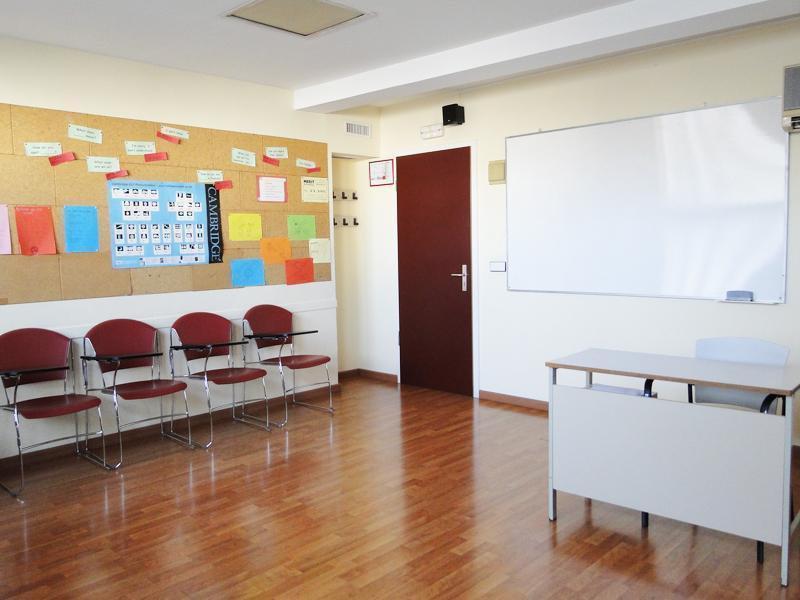 Merit School Maragall Aula 2