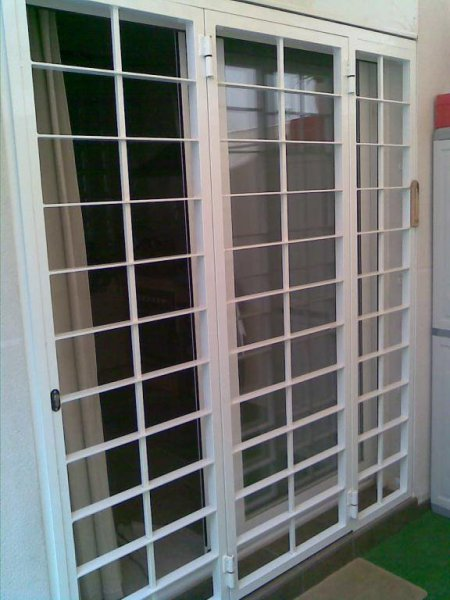 puerta cancela de pletinas horizontales