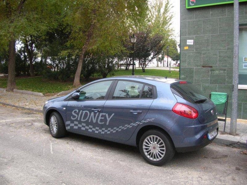 nuestros vehículos autoescuela sidney valdemoro
