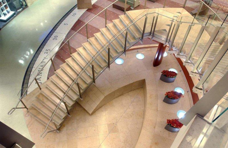 Solnhofen Praia escaleras y pavimento