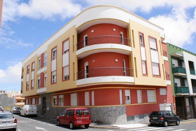 Edificio Las Islas con 14 Viviendas para Promociones Viescan S.L., en San Isidro, Granadilla de Abona, Tenerife