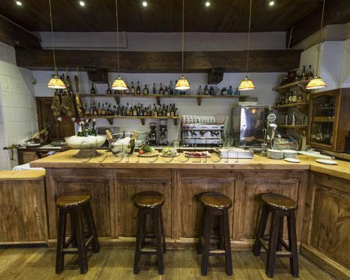 Un restaurante con platos de alta cocina vasca
